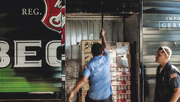 2013 Wholesaler of the Year: Louis Glunz Beer Inc  | 2013-09-10