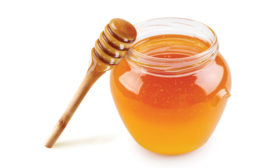 Honey resonates as versatile beverage ingredient - Beverage Industry